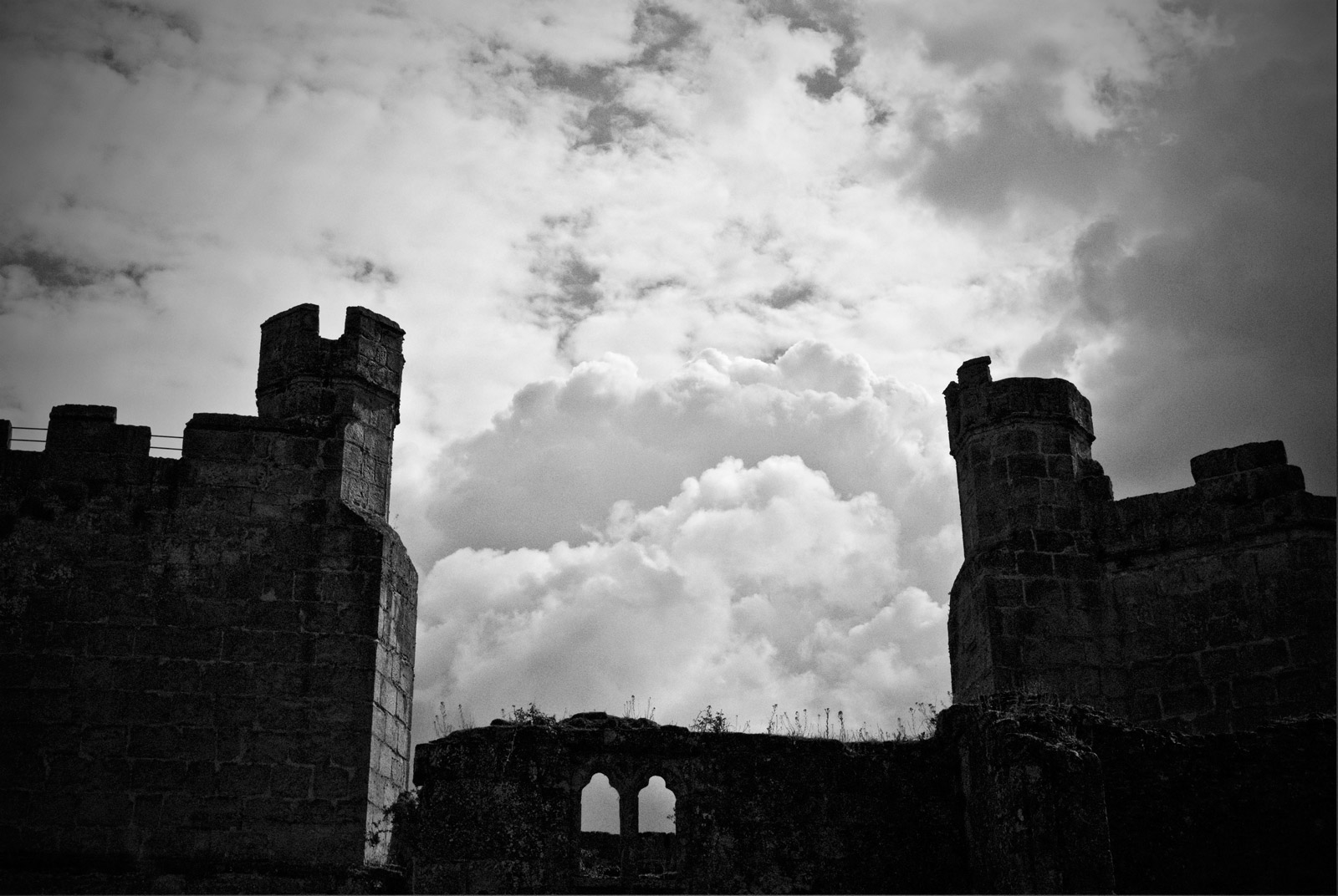 ICMSTUDIOS - This is a photo of Bodiam Castle with a little bit of manipulation in Photoshop.
